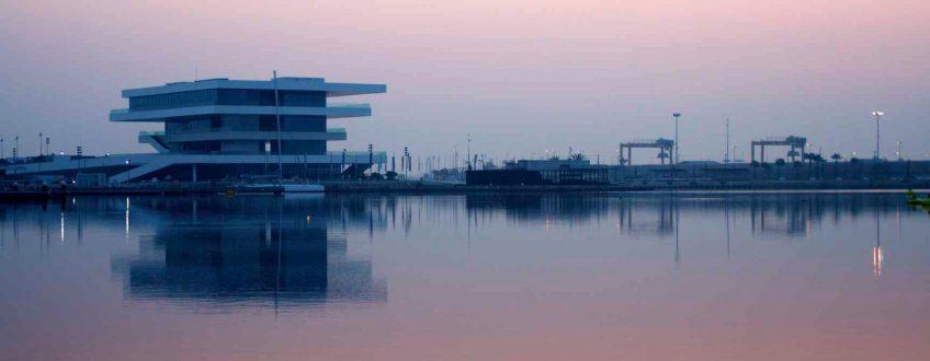 Tráfico de contenedores en el puerto de Valencia